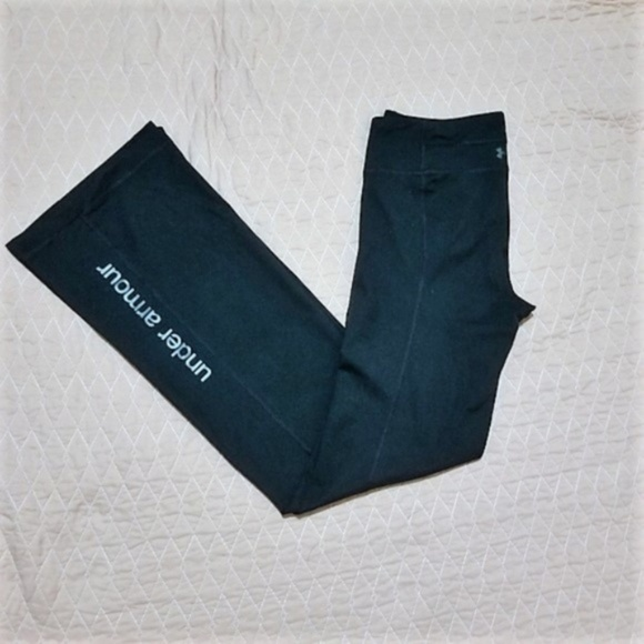 ad5807f3a7a53 Under Armour Long Straight Leg Work Out Yoga Pants.  M_5c37821ed6dc52f148f34fe7